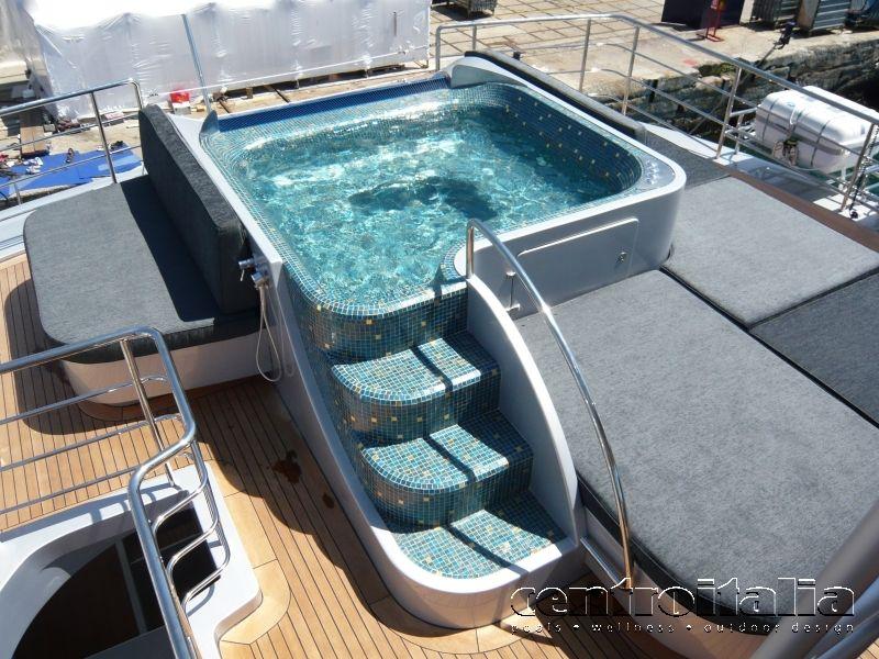 Costruzione custom per yacht