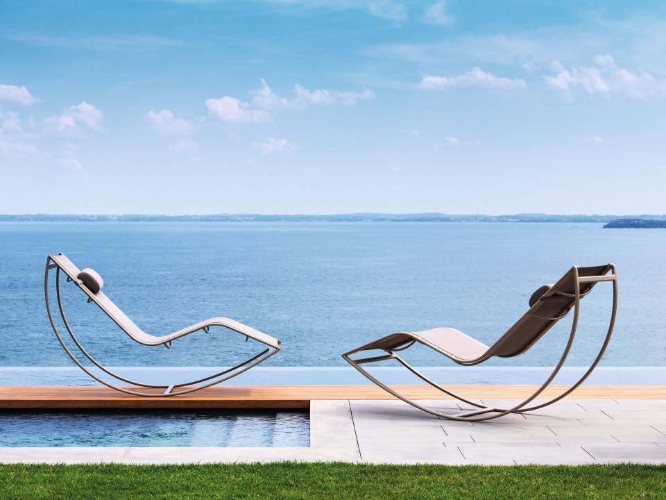 Coppia di lettini da giardino Talenti con design esclusivo e originale