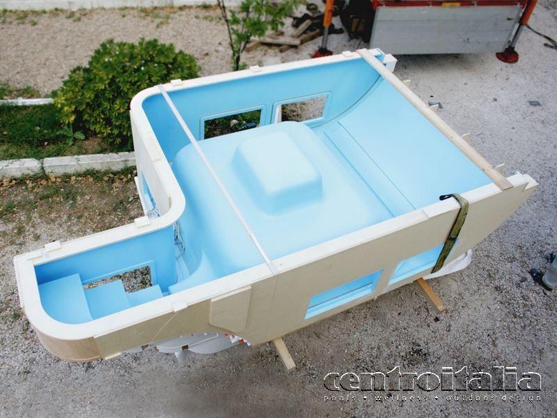 Vasca vetroresina per yacht